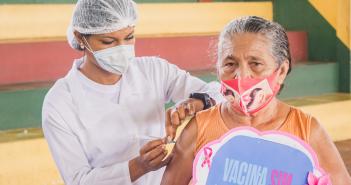 Campanha de Vacinação Contra a COVID-19 para pessoas acima de 60 anos com a 2ª dose da vacina CORONAVAC